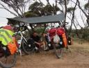 40 Die Bodenplane vom Zelt ist auch bei Regen sehr hilfeich.